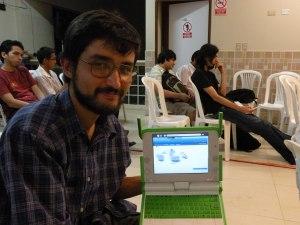 Sebastian Silva de FuenteLibre, defendedor de la OLPC en Perú